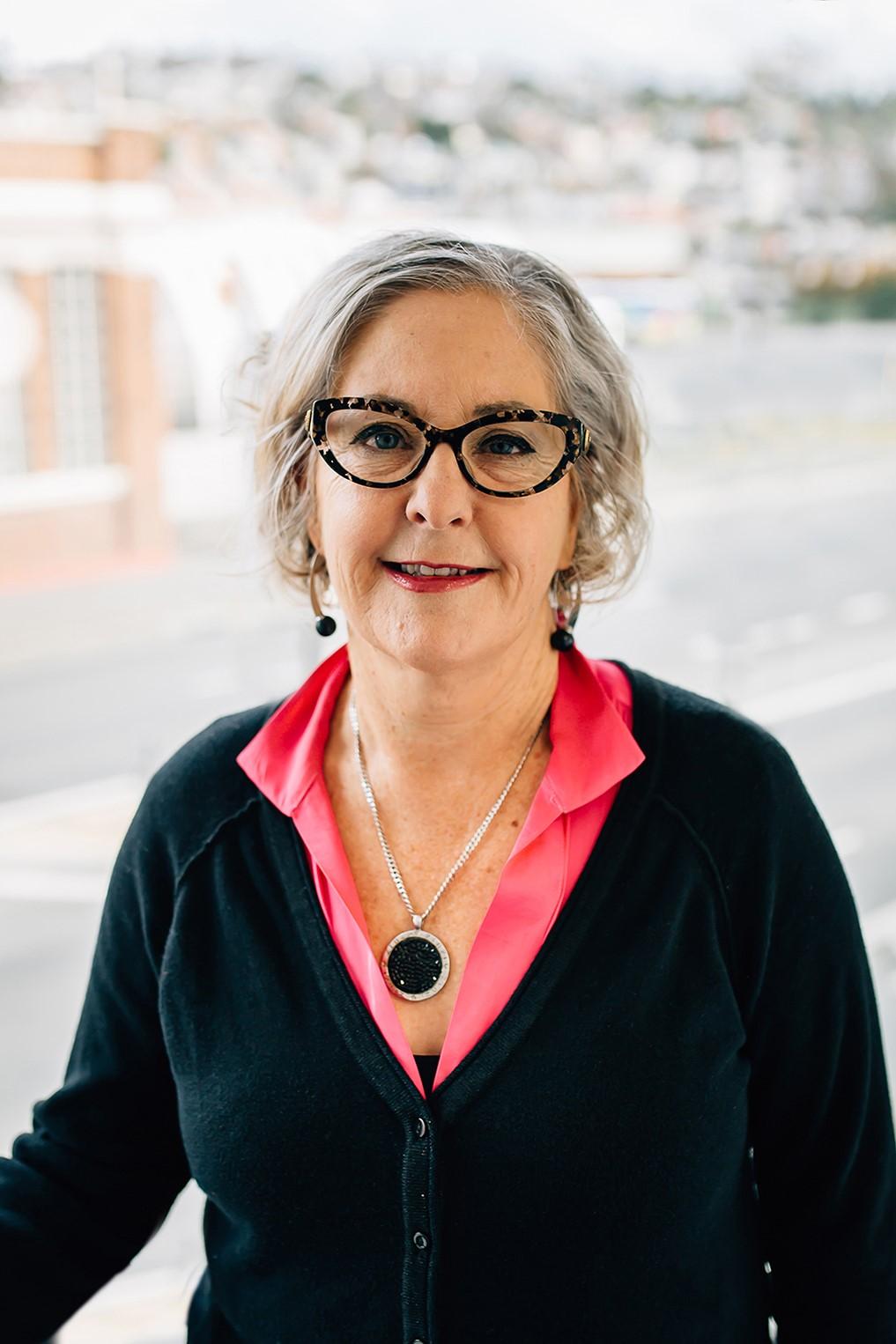Lesley Osenieks - Psychologist